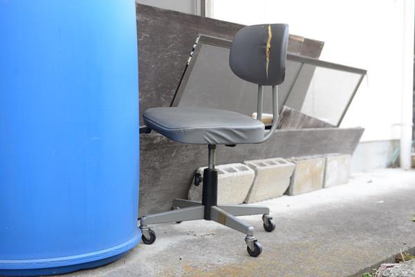 コクヨ 事務用回転椅子 10シリーズ 肘なし CR-1いままでありがとう