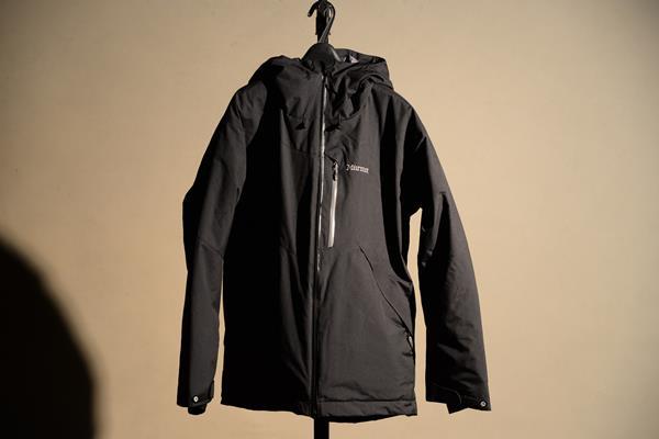 マーモットのジャケットをamazonで買って良かった
