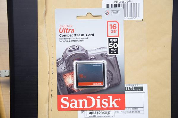 amazonでサンディスクの海外仕様のコンパクトフラッシュを安く買う