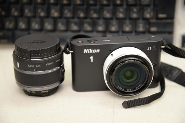 ニコン1のCXフォーマット単焦点10mmf2.8レンズを買う